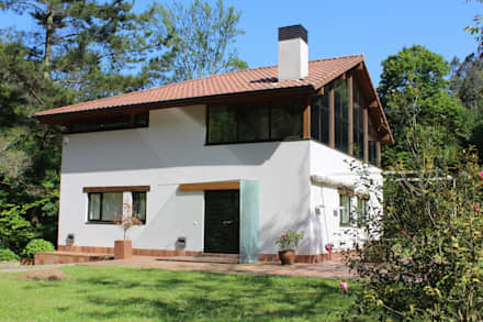 Single family home by BALDO ARQUITECTURA