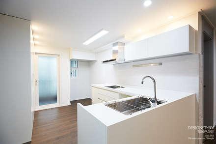 modern Kitchen by 제이앤예림design