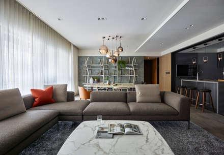 Salas / recibidores de estilo escandinavo por 耀昀創意設計有限公司/Alfonso Ideas