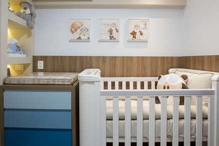 Baby room by INOVA Arquitetura