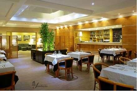 Restaurantes de estilo  por J. F. LOUREIRO DOS SANTOS, UNIPESSOAL, LDA