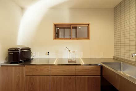 Kitchen units by ELD INTERIOR PRODUCTS