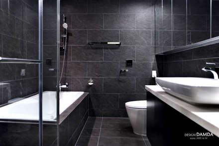 modern Bathroom by 디자인담다