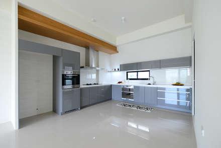 好事文元:  系統廚具 by houseda