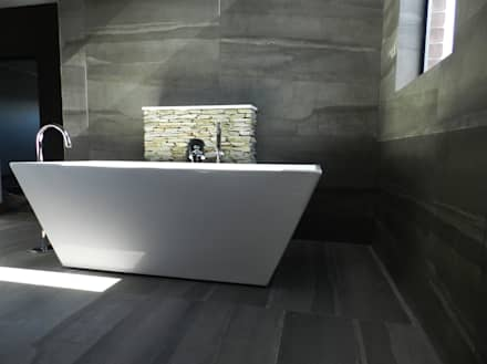 modern Bathroom by TOP CENTRE PROPERTIES GROUP (PTY) LTD