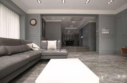 modern Living room by 디자인스튜디오참