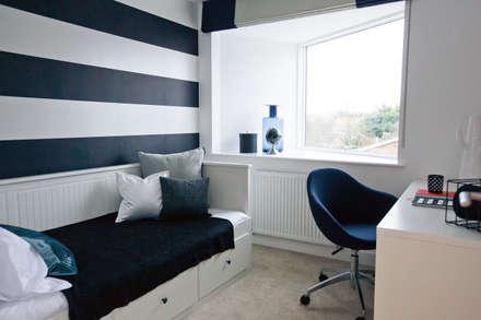 classic Bedroom by Sara Slade Interiors