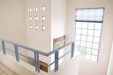 Stairs by Bojorquez Arquitectos SA de CV