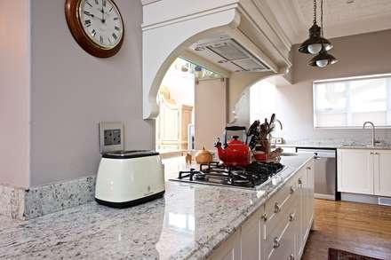Built-in kitchens by Oksijen