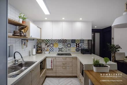 Built-in kitchens by 범블비디자인