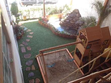 Casitas de jardín de estilo  por Acua Natura