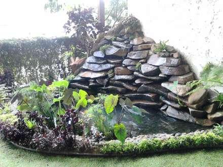 Estanques de jardín de estilo  por Acua Natura