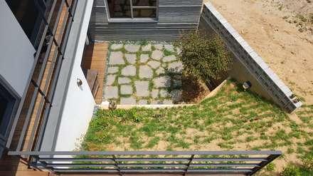 청주시 단독주택: 건축사사무소  CSU의  정원