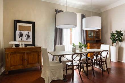 RISTRUTTURAZIONE DELLA CASA DELLA NONNA: Sala da pranzo in stile in stile Mediterraneo di Viú Architettura