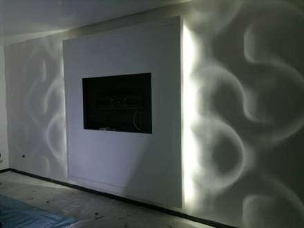 Dekorative 3d Wandpaneele Modell 01: klassischer Multimedia-Raum von Loft Design System Deutschland