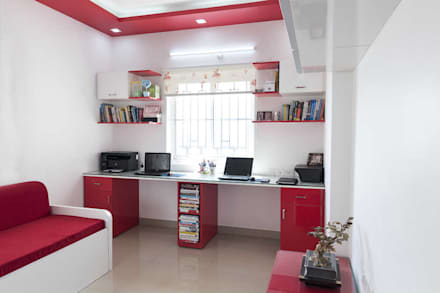 sunil kumar: modern Study/office by mayu interiors