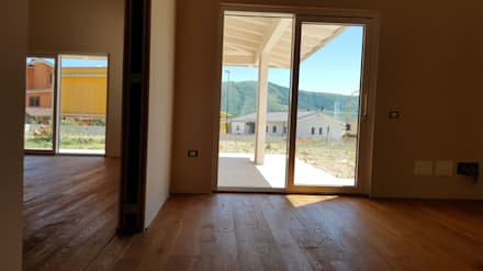 Wooden houses by Avantgarde Construct Luxury Srl