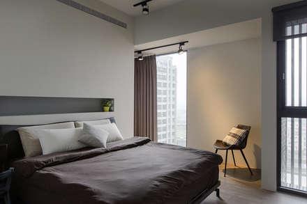生活軌跡:  臥室 by 詩賦室內設計