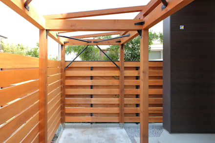 Garagens e arrecadações campestres por シーズ・アーキスタディオ建築設計室