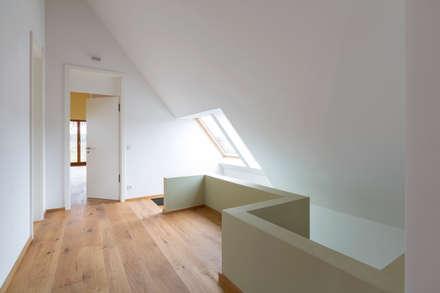 Kinderflur:  Dach von Markus Gentner Architekten