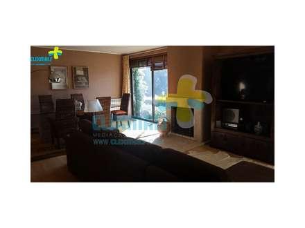 Sala (2): Salas de estar campestres por Clix Mais
