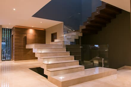 Stairs by Lazza Arquitectos