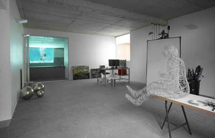 Garajes abiertos de estilo  por Alberich-Rodríguez Arquitectos