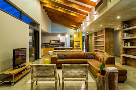 LIVING ROOM: modern Living room by ENDesigns Architectural Studio