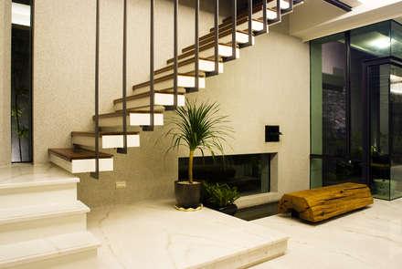 建築設計 台南 薩瓦原墅:  樓梯 by 黃耀德建築師事務所  Adermark Design Studio