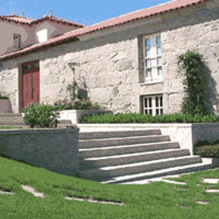 Casas de campo de estilo  por Eduardo Arquitetura