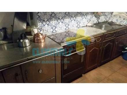 Tủ bếp by Clix Mais