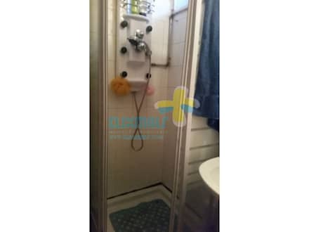 Casa de banho serviço (2): Casas de banho rústicas por Clix Mais