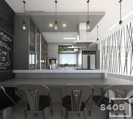 مطبخ ذو قطع مدمجة تنفيذ STUDIO 405 - ARQUITETURA & INTERIORES