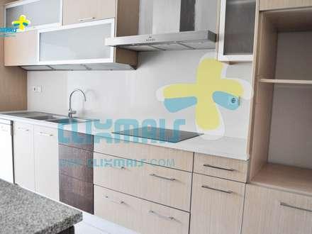 Cozinha (2): Cozinhas embutidas  por Clix Mais
