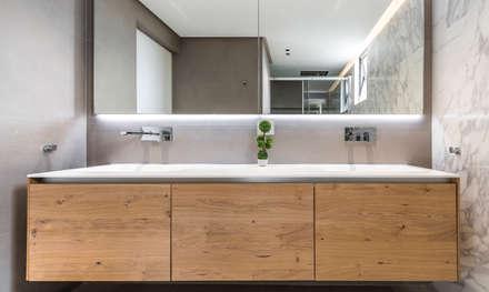 MOBILIARIO : Baños de estilo moderno por Design Group Latinamerica