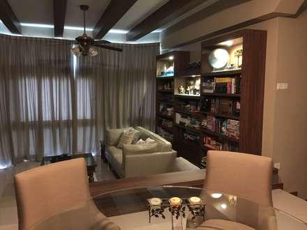Mediterranean Living: mediterranean Living room by FINE ART LIVING PTE LTD