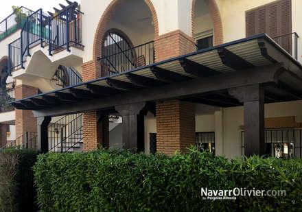 Cobertizos de estilo  por NavarrOlivier
