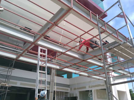 Clinics by TECTUM Diseño & Construccion