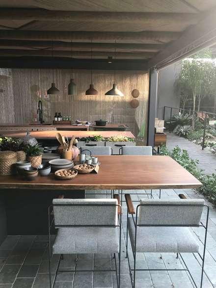 Kitchen units by Luísa Nascimento - Homify