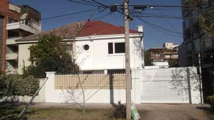 CASA DUHAUT: Casas unifamiliares de estilo  por AOG