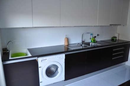 Cozinha (1): Cozinhas embutidas  por Clix Mais