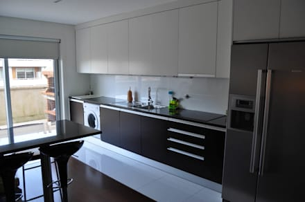 Cozinha (5): Cozinhas embutidas  por Clix Mais