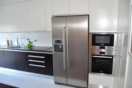 Cozinha (6): Cozinhas embutidas  por Clix Mais