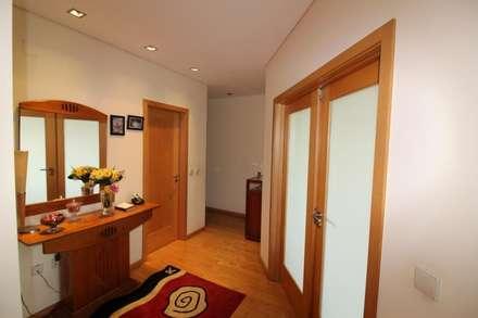 Hall de entrada (2): Corredores e halls de entrada  por Clix Mais