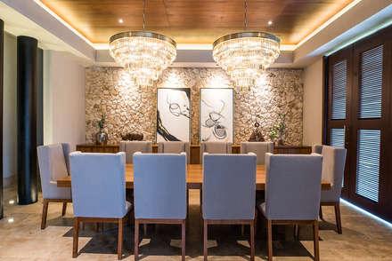 Phòng ăn by Chehade Carter Diseño Interior