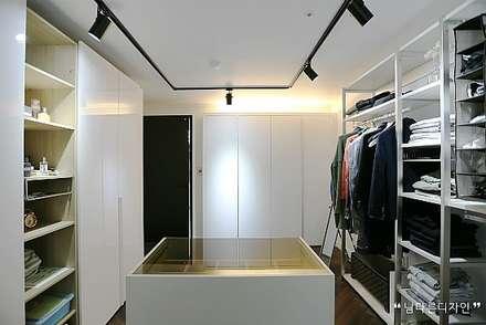 modern Dressing room by 남다른디자인