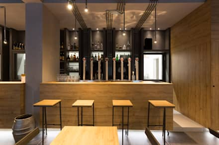 Bars & clubs by Maranco Architetti