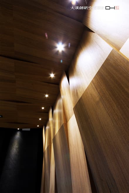 Centros de congressos  por 大漢創研室內裝修設計有限公司