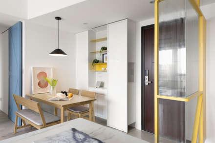 Puertas de estilo  por 寓子設計