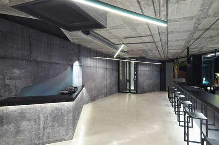 D3 Lounge Project: Comedores de estilo minimalista de Minimal Studio
